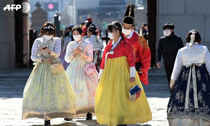 2 người chết một ngày, Hàn Quốc nâng lên mức ''báo động đỏ''