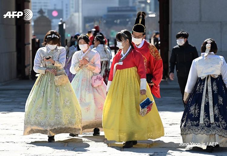 Số người nhiễm virus corona ở Hàn Quốc tăng lên hơn 600 ca chỉ trong vòng vài ngày. Ảnh: AFP.