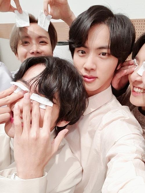 Jin (BTS) nhu