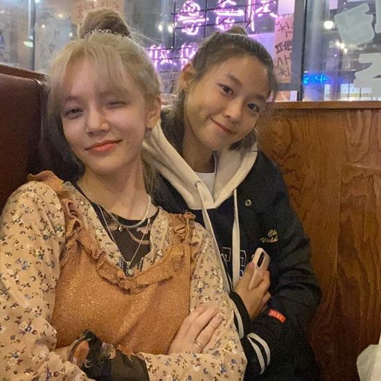 Seol Hyun và Ji Min (AOA)
