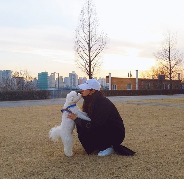 Instagram sao Hàn 25/2 - page 2 - 2