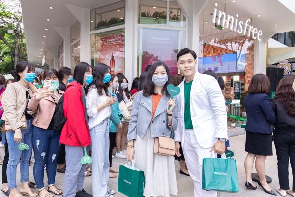 innisfree kỳ vọng việc mở rộng chuỗi cửa hàng tại các thành phố trọng điểm sẽ giúp thương hiệuchinh phục ngày càng đông các tín đồ làm đẹp Việt Nam.
