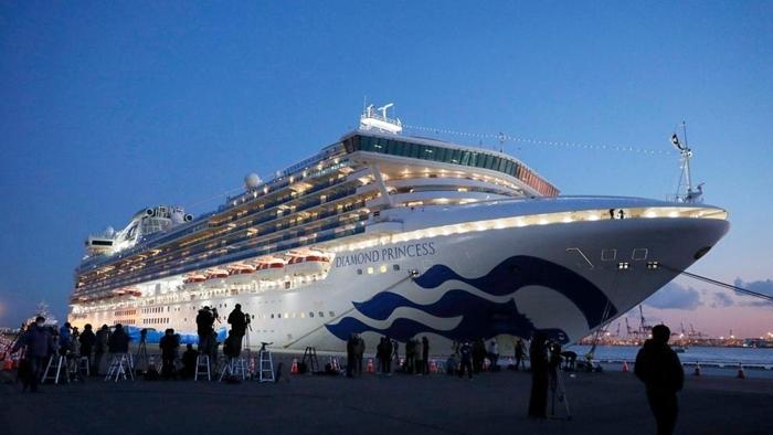 Du thuyền Diamond Princess là một trong những ổ dịch lớn ngoài lãnh thổ Trung Quốc. Ảnh: Angle News.