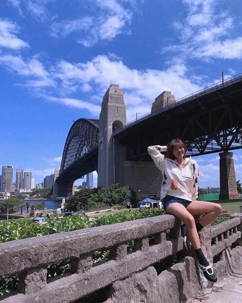 Văn Mai Hương cùng bạn trai du lịch Australia.