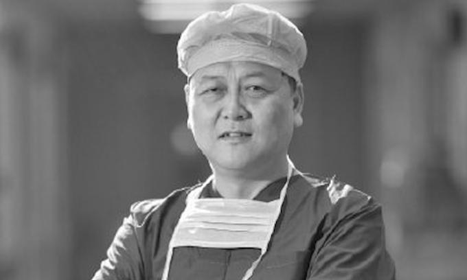 Giám đốc ngoại khoa Bệnh viện Trung ương Vũ Hán qua đời vì nCoV