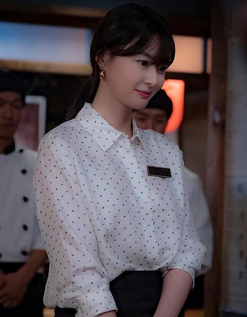 Ba lần thay đổi tóc của mỹ nhân Itaewon Class chứng minh với các cô gái, để tóc càng ngắn trông sẽ càng trẻ trung.