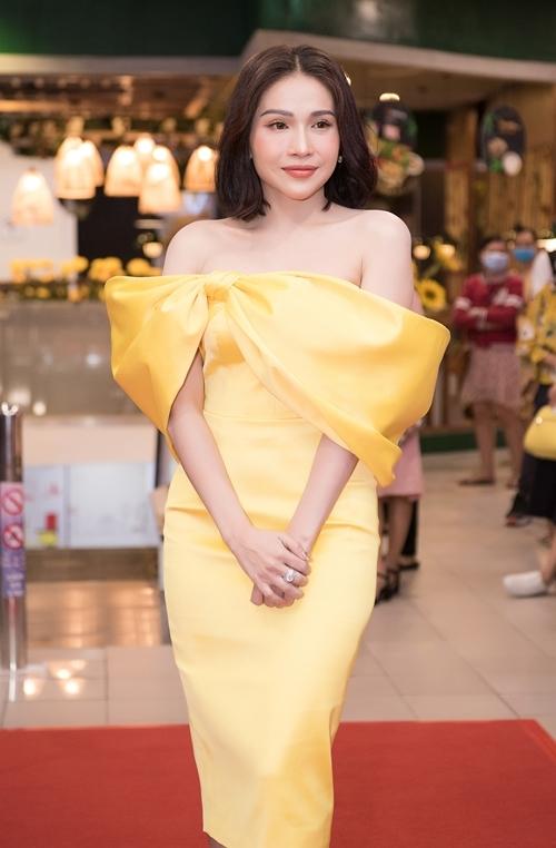 Sao Việt tấp nập xem phim Nắng 3 - 1