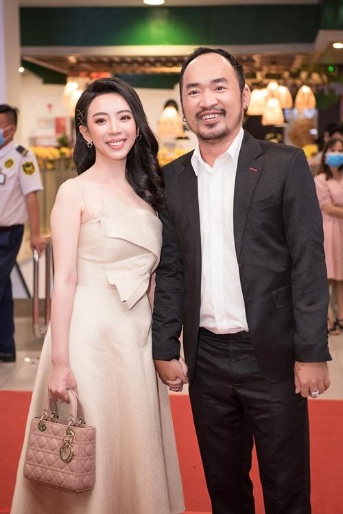 Sao Việt tấp nập xem phim Nắng 3 - 4