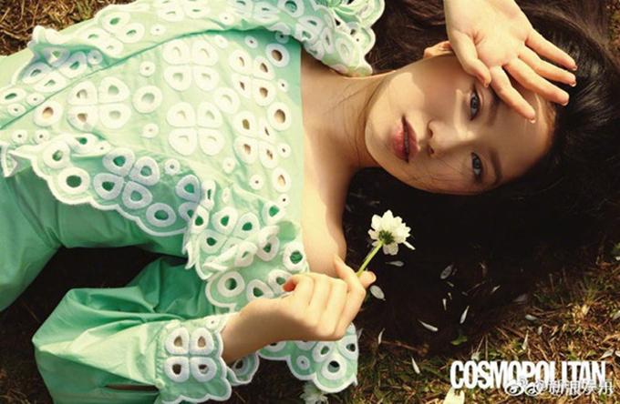 Gương mặt đẹp, thần thái chụp ảnh tốt giúp Chân Tế Như thường xuyên được mời xuất hiện trên các tạp chí thời trang.