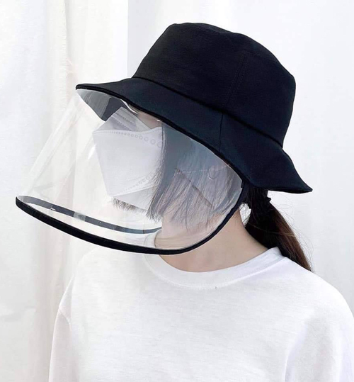 Mũ đang được nhiều shop online nhận order với giá khoảng 250-300k.