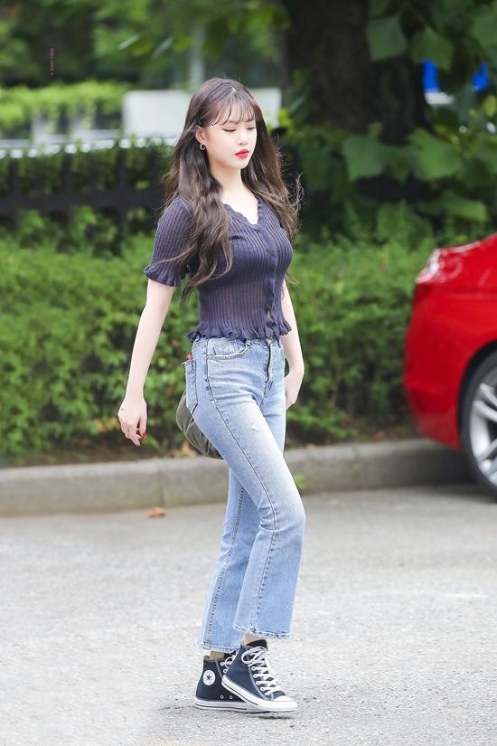 Những idol diện quần jeans đẹp nhất Kpop - 8