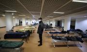 Thảm đỏ Cannes thành nơi trú ẩn cho người vô gia cư