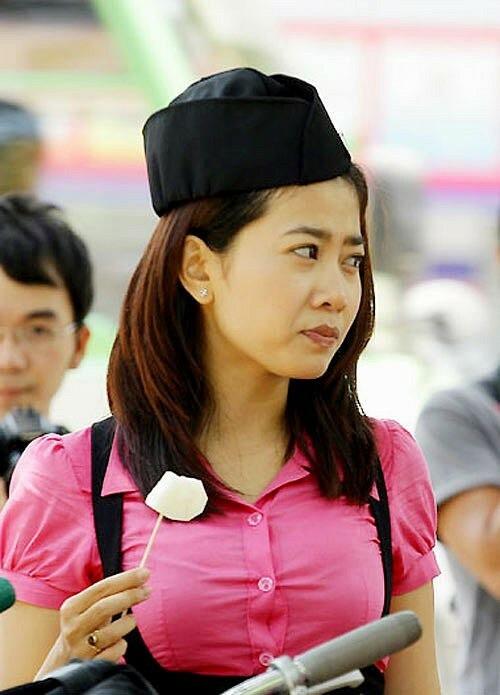 Hình ảnh trong sáng trong vai nữ sinh của Mai Phương.