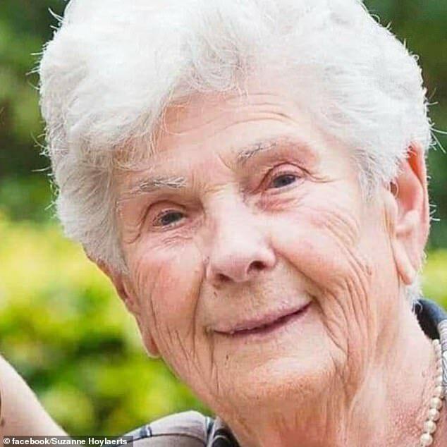 Bà Suzanne Hoylaerts.