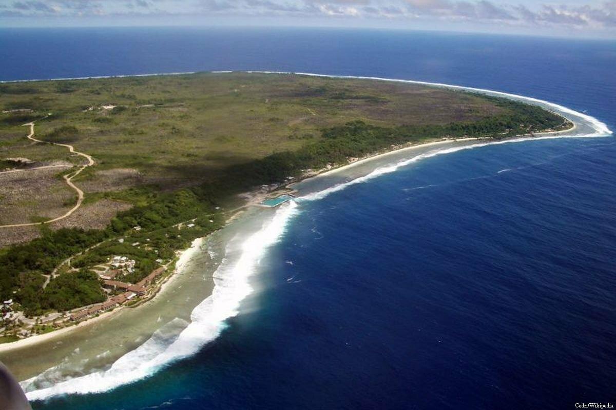 Phía đông đảo Nauru nhìn từ trên không. Ảnh:Cedri/Wikipedia.