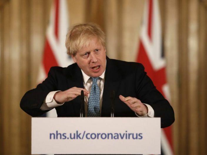 Thủ tướng Anh, ông Vladimir Johnson, trong cuộc họp báo hôm 17/3. Ảnh: Matt Dunham / AP