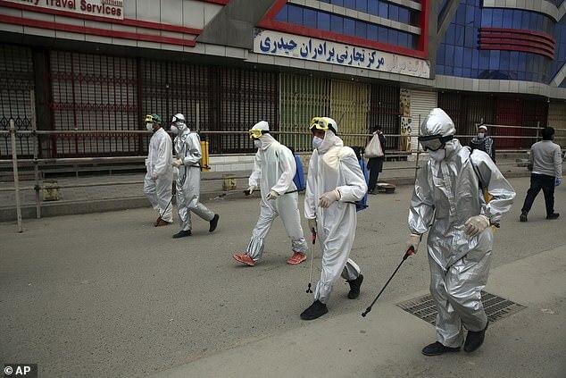 600 người Iran chết vì tin rằng uống cồn giúp chống corona - 4