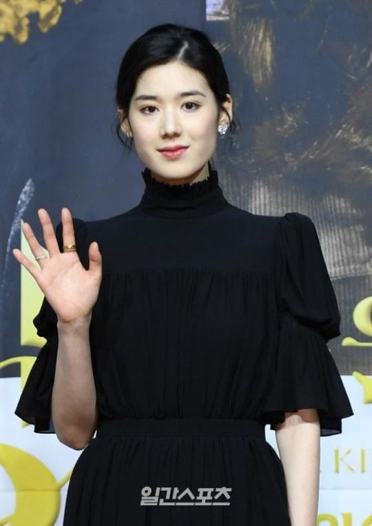 Lee Min Ho tình tứ với nam phụ trong họp báo Quân vương bất diệt - 12