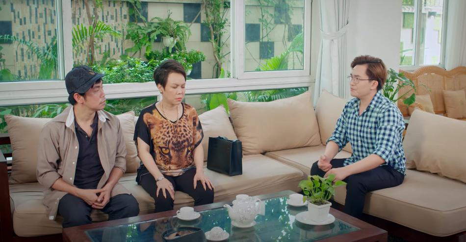 3 người con trong gia đình do Việt Hương, Đại Nghĩa, Hoài Tâm thủ vai.