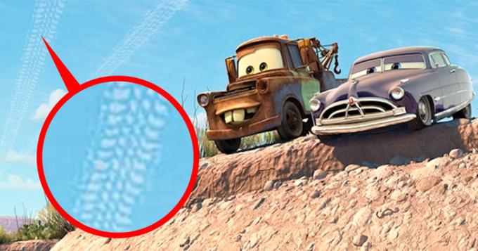 <p>Còn vệt mây thì in hình lốp xe.</p>