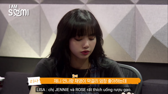 Xuất hiện bất ngờ trong show I am Somi của Somi mới đây, Lisa ghi điểm với diện mạo như búp bê, đi kèm phong cách trẻ trung, năng động.