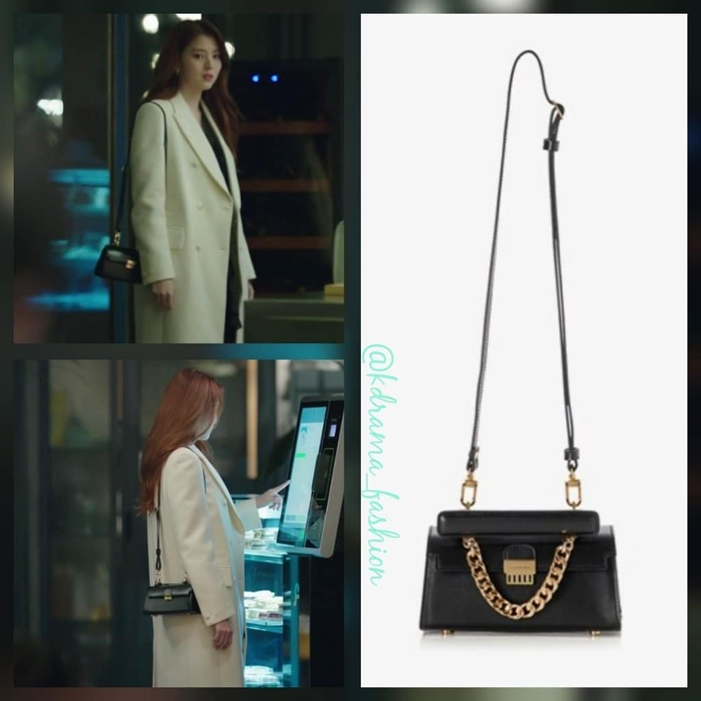 Ngoài ra, cô cũng yêu thích các thương hiệu nội địa của Hàn Quốc như Play No More, GlamG... với giá cũng chỉ nằm trong khoảng 150-300 USD.
