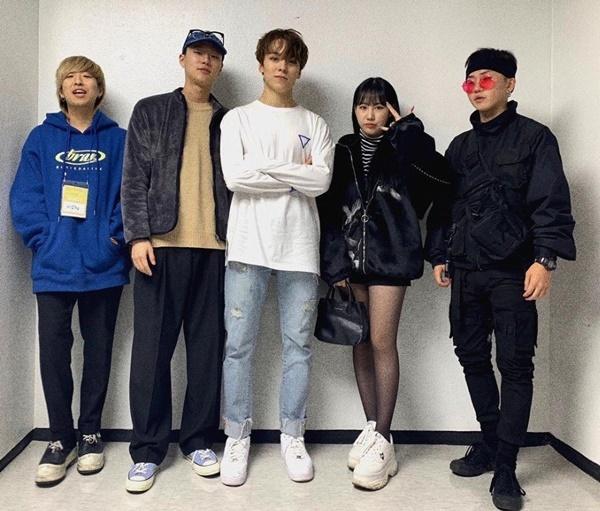 M.O.L.A gồm là hội bạn  tài năng nhưng khá kín tiếng của Kpop.