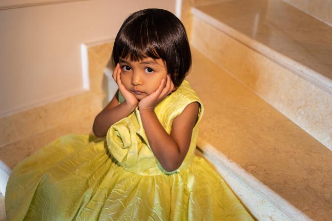 """<p class=""""Normal""""><span>Mới đây, nhà thiết kếdành tặng cho con gái nhữngchiếc váy mới toanh để chuẩn bị vào hè.</span></p>"""