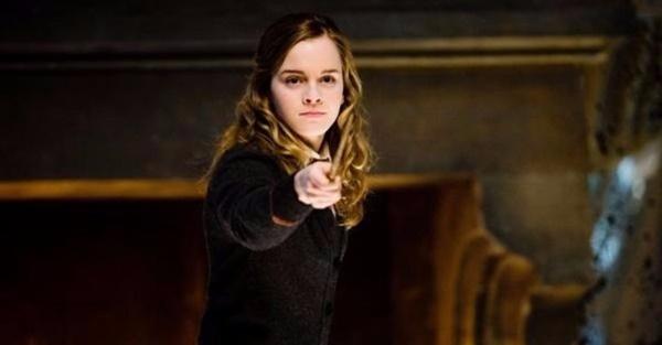 Bạn có thuộc hết các câu thần chú trong Harry Potter? - 4