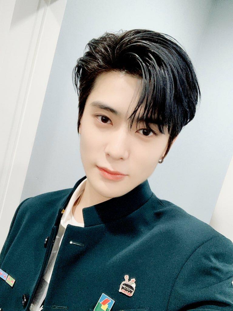 Nam thần tượng là visual của NCT, độ nhận diện công chúng cao. Jae Hyun là đại diện cho nét đẹp thuần khiết, chuẩn mối tình đầu.