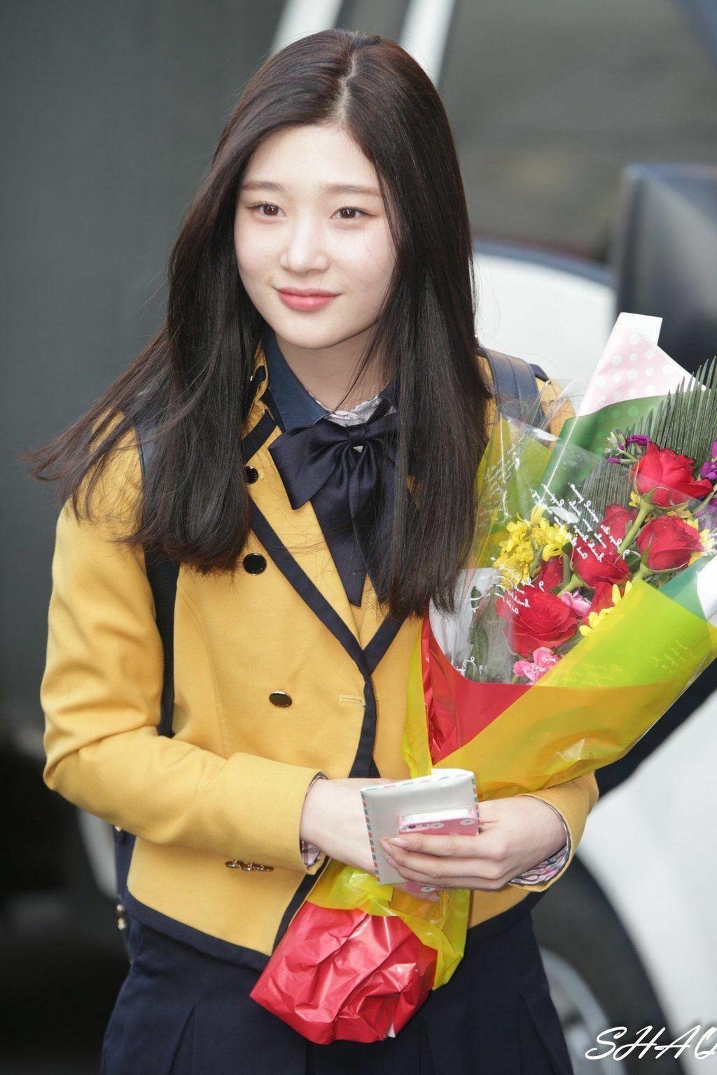 Jae Hyun - Chae Yeon: Cặp idol khí chất high teen từng học chung một lớp - 10