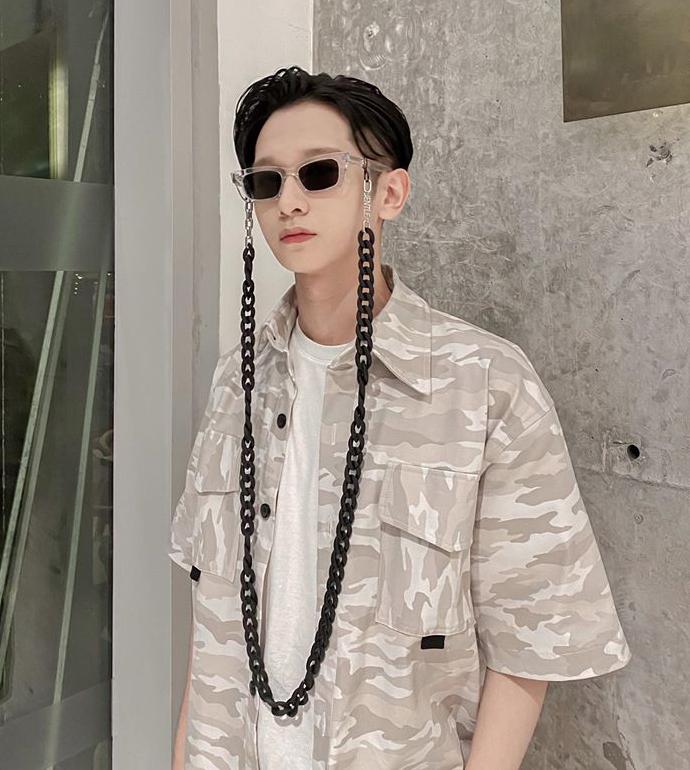 Hoàng Dương Idol có cheap moment dễ dàng với Jennie nhờ sắm cặp kính do nữ idol thiết kế.