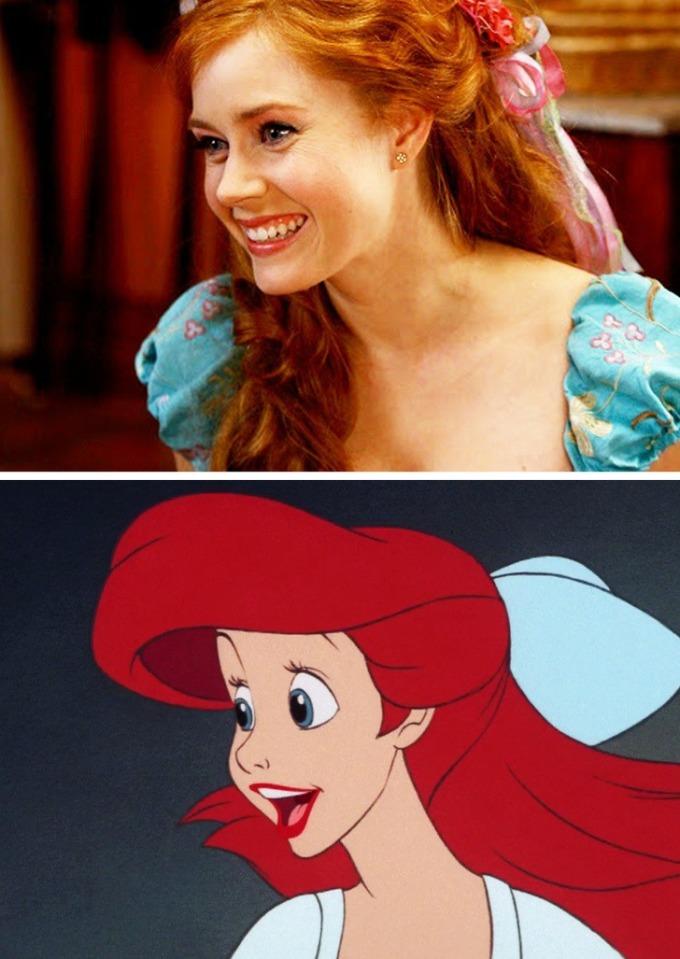 <p>Amy Adams và Ariel trong <em>Nàng tiên cá</em>.</p>