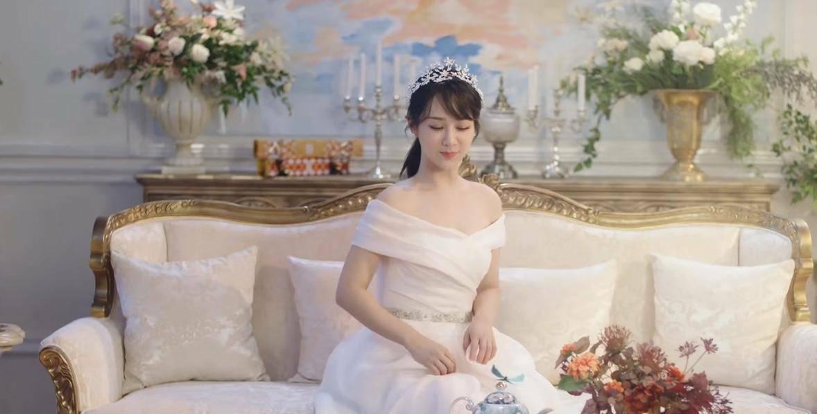 Fan cho rằng Dương Tử không cần dùng đến đóng thế vì bản thân cô đã đủ xinh đẹp.