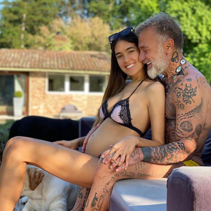 """<p class=""""Normal"""">Sharon Fonseca - nữ người mẫu 25 tuổi - thông báo với những người theo dõi cô trên Instagram rằng đã mang thai con đầu lòng của bạn trai đại gia hơn cô 27 tuổi -Gianluca Vacchi.</p>"""