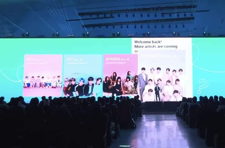 Hồi tháng 1/2020, Seventeen gia nhập Weverse - nền tảng dành riêng cho các nghệ sĩ giao lưu với fan do Big Hit sáng tạo nên.