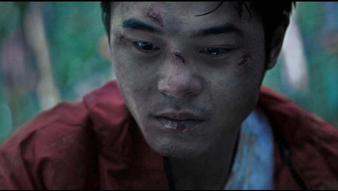 Phim khai thác cách con người đối mặt giữa ranh giới sự sống và cái chết.