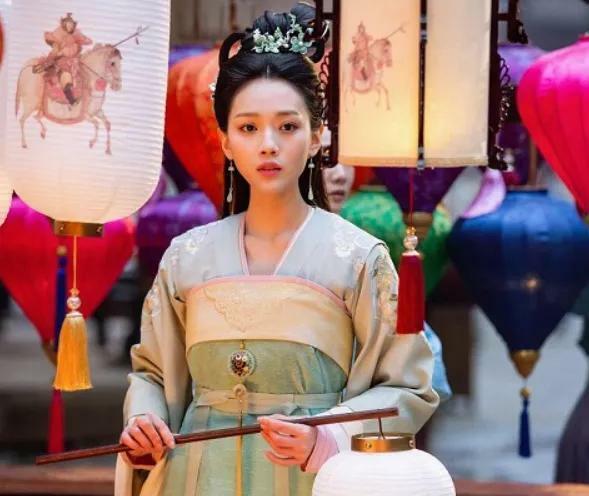 Nữ diễn viên Chu Tử Hinh.