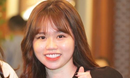 Bạn gái Quang Hải phản ứng khi bị chê ''kém xinh''