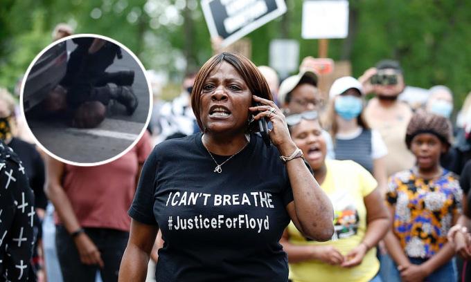 Người Mỹ biểu tình vụ cảnh sát ghì cổ người dân đến chết