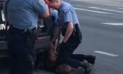 Cảnh sát 'ghì cổ người da màu' bị bắt