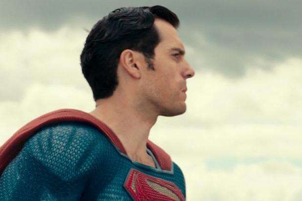 Nếu thực sự muốn trải nghiệm chiếc môi bị dính lời nguyền của Superman, hãy tìm xem Justice League bản 4K và Dolby Vision. Tệ hơn bức ảnh này nhiều!