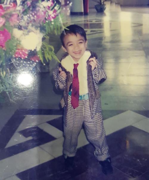 Đăng ảnh lúc nhỏ, Soobin Hoàng Sơn khoe vẻ ngoài lém lỉnh từ bé.