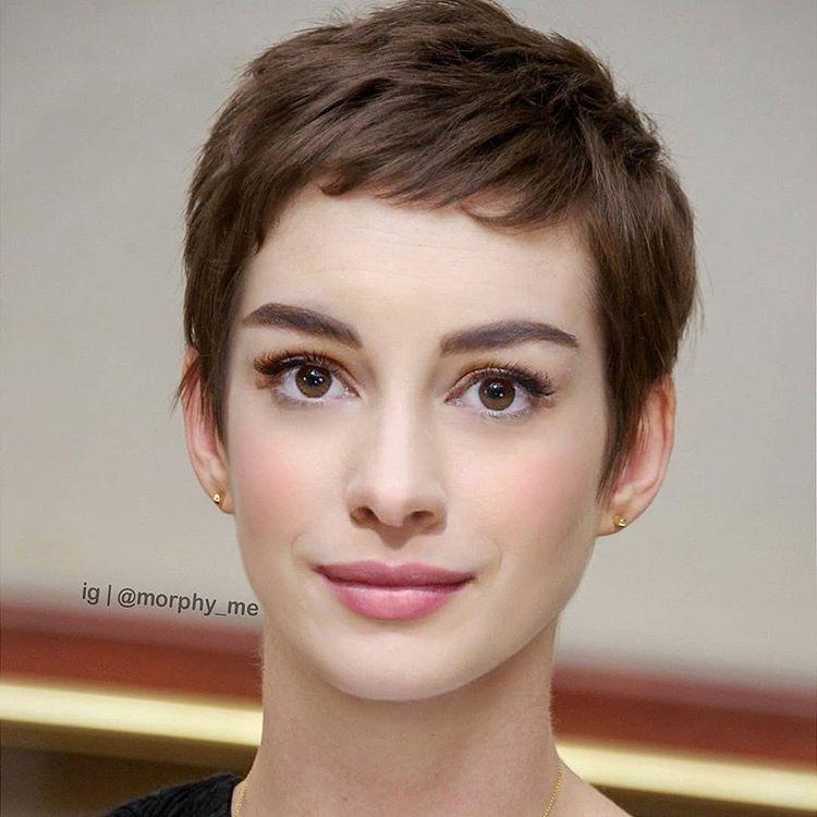 Anne Hathaway có vẻ đẹp cổ điển, kiêu kỳ giống hệt biểu tượng Hollywood Audrey Hepburn.