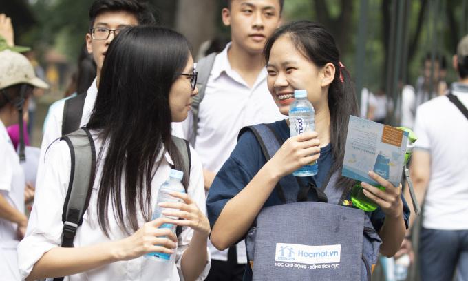 Lịch thi vào lớp 10 các trường công lập và chuyên tại Hà Nội