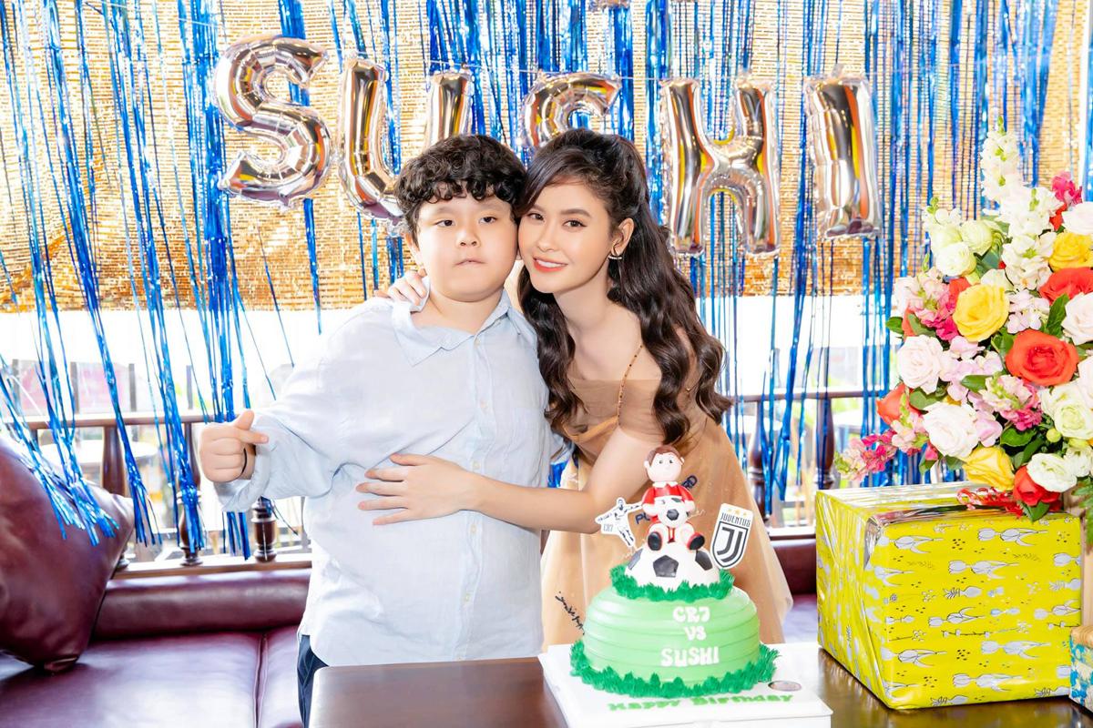 Trương Quỳnh Anh mừng sinh nhật con trai tròn 8 tuổi.