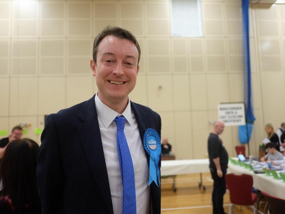 Bộ trưởng Nhà ở Anh, ông Simon Clarke.
