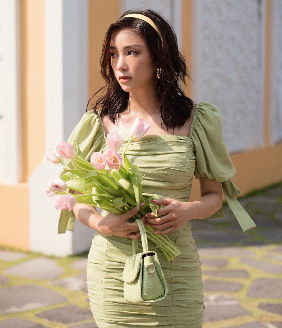 ... cho đến dáng ôm như Sa Lim đang diện đều được săn lùng.