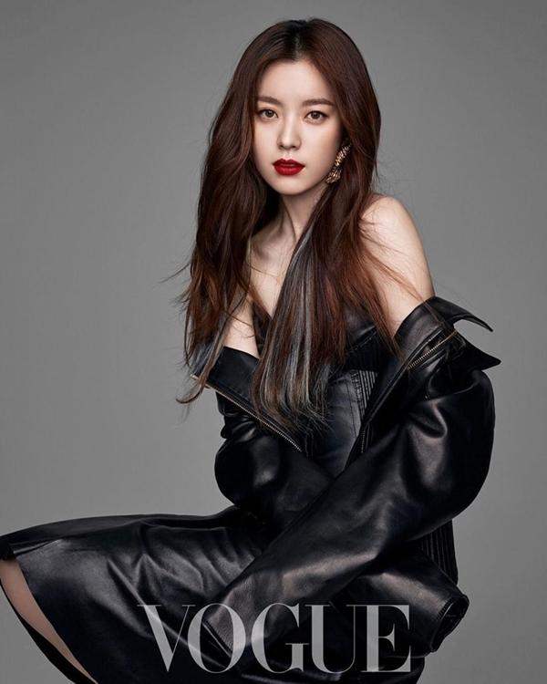Một mỹ nhân họ Han đình đám khác là Han Hyo Joo (1987). Nhan sắc của cô được đánh giá ngang hàng với tứ đại mỹ nhân Kim Tae Hee - Song Hye Kyo - Jun Ji Hyun - Son Ye Jin.