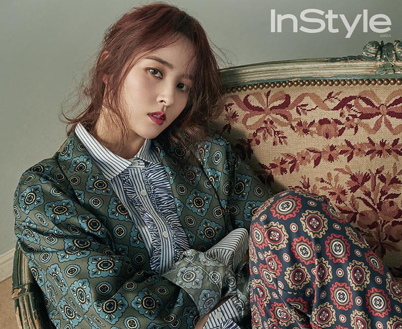 Han Hye Jin (1981) đã qua thời kỳ đỉnh cao danh tiếng nhưng người hâm mộ Hàn Quốc vẫn rất yêu mến vẻ đẹp của cô.